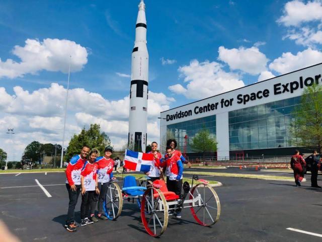 Estudiantes dominicanos de ingeniería ganan primer lugar en concurso de la NASA