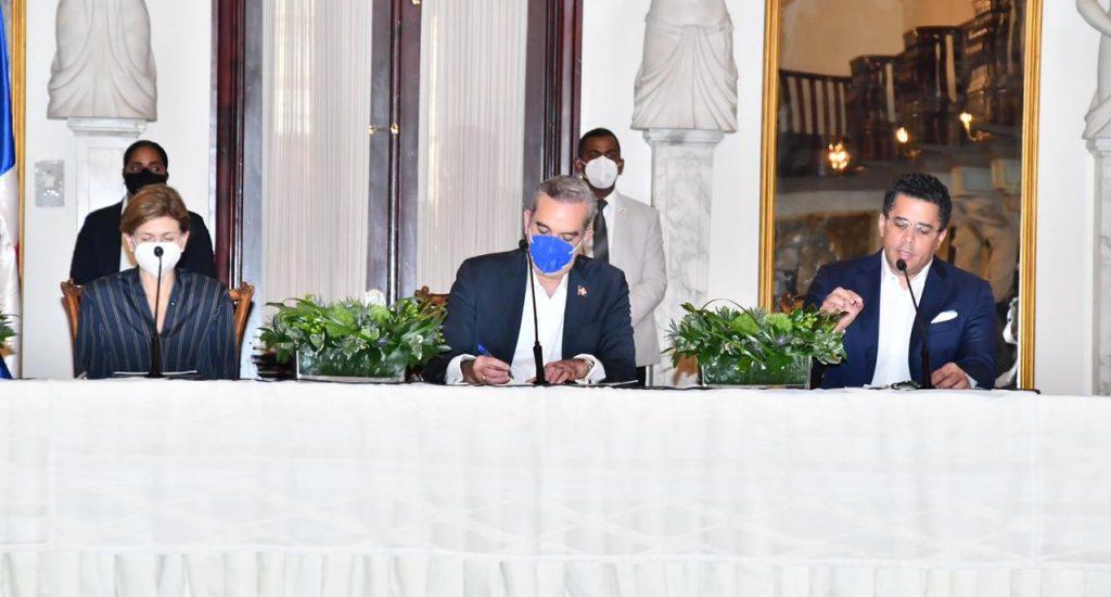 Gobierno dominicano lanza plan para recuperar el turismo tras la pandemia del Covid-19