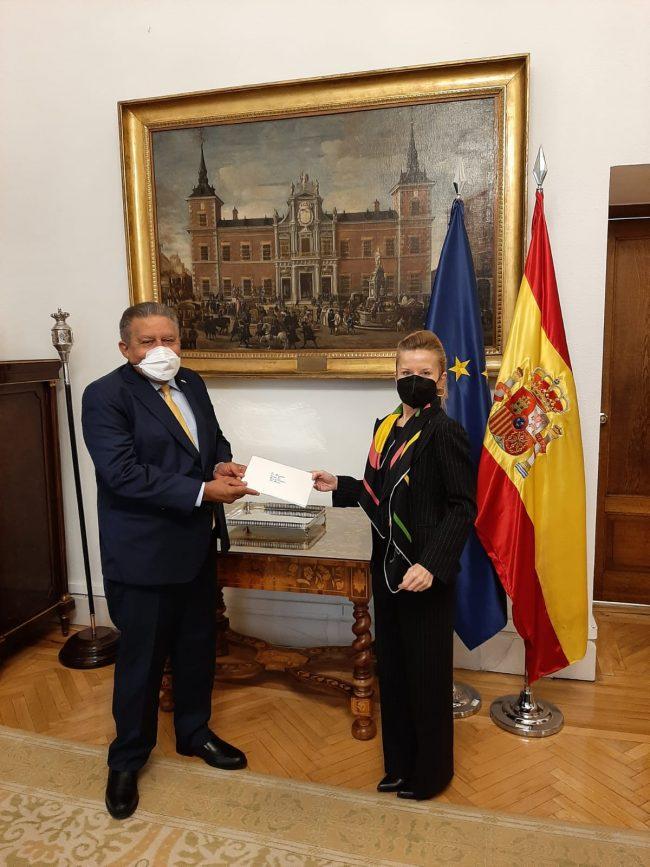 Embajador dominicano en España entregó las copias de sus Cartas Credenciales