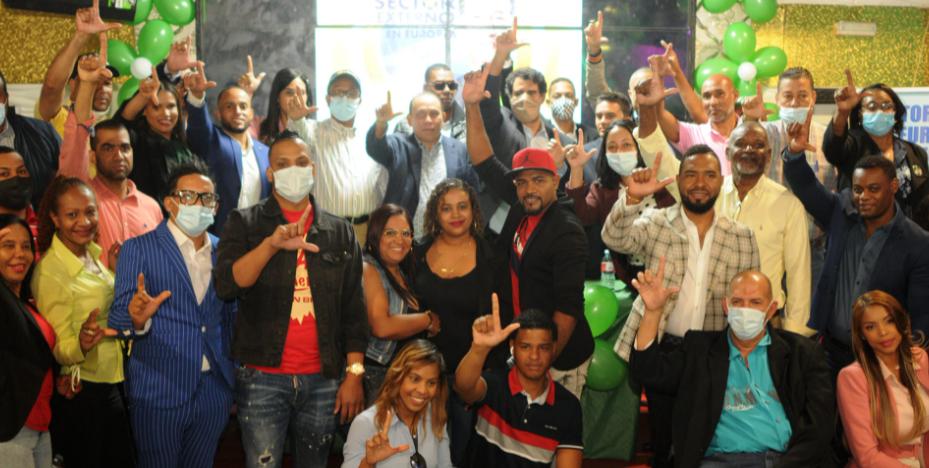 Madrid: Juramentan empresarios y personalidades en la Fuerza del Pueblo
